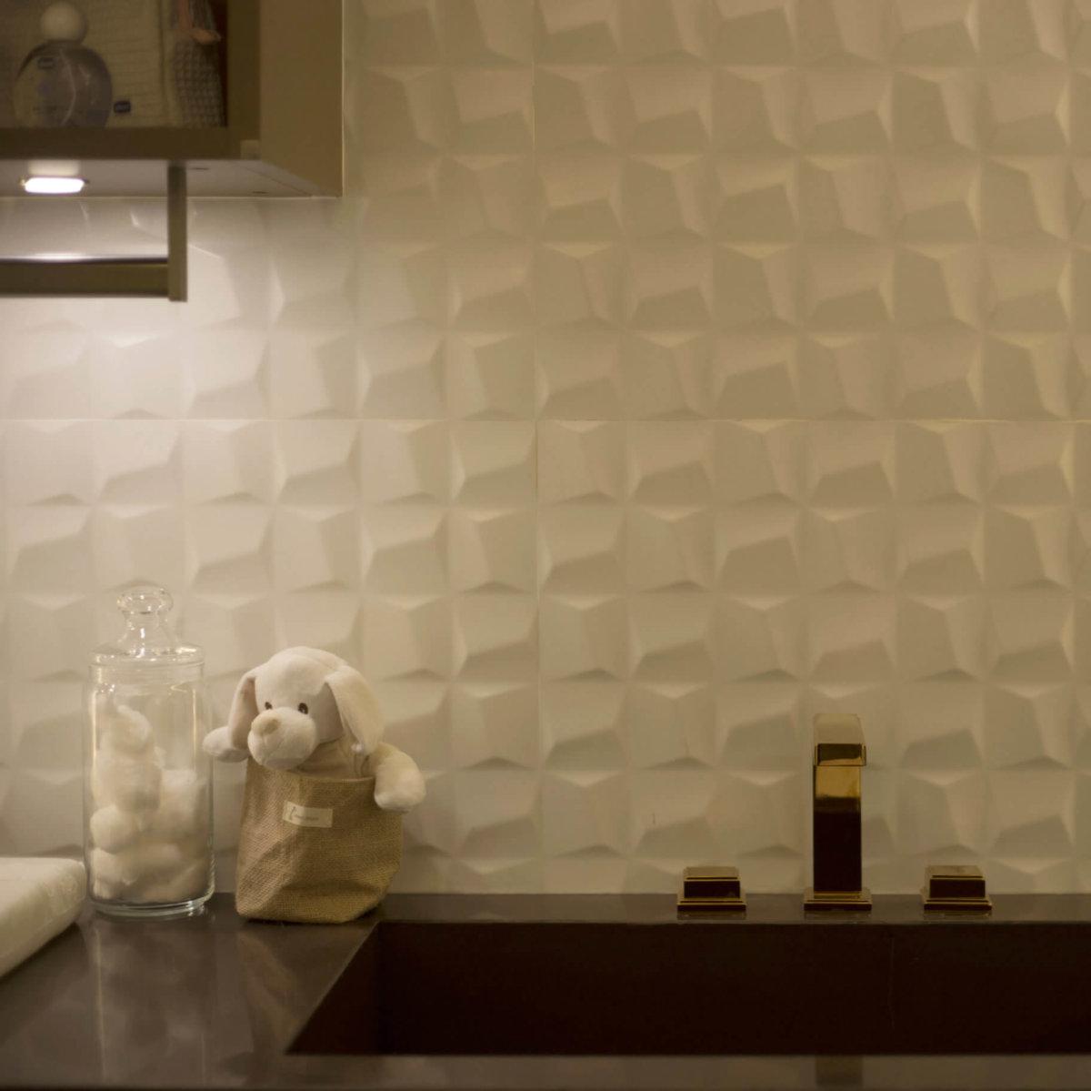 Eli Cubic White AC 450x900mm_Stiles_Lifestyle2_Image