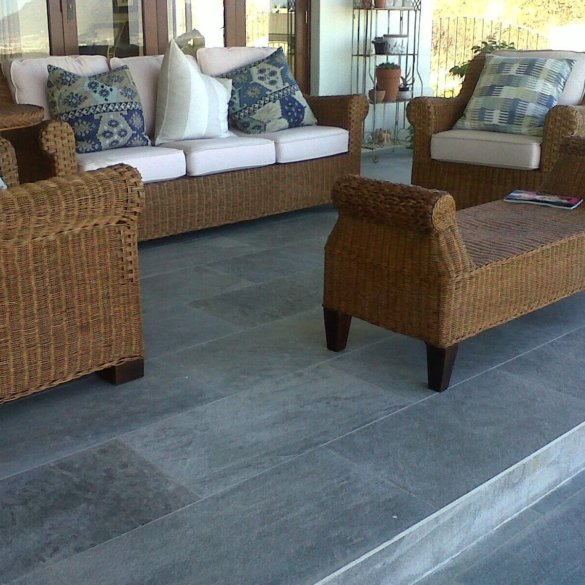 Florim Walks Grey SR 600x1200mm_Stiles_Lifestyle_Image2