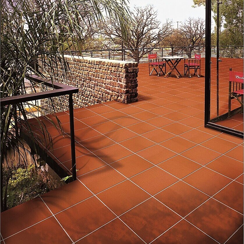 Domus Linea Piastrella Terracotta Arrotato 300x300mm_Stiles_Lifestyle_Image